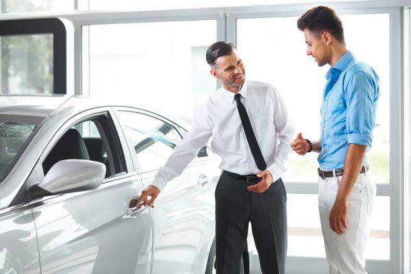 Purchasing a Car – Dealer Vs Private